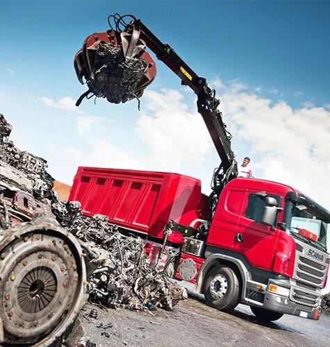 Вывоз мусора ломовозом в Томске